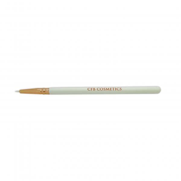 CFB Cosmetics LL Brush